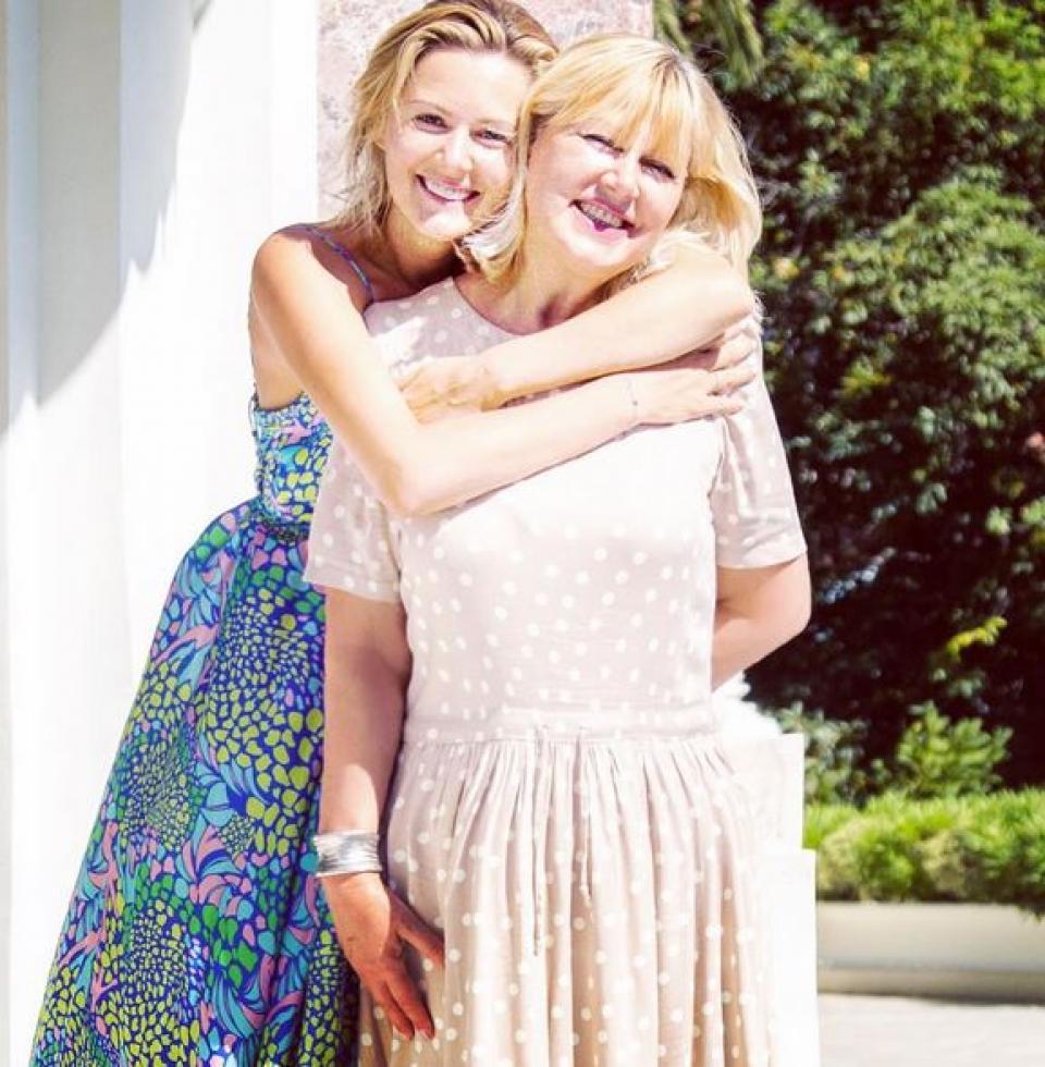 Мария Кожевникова с мамой с радостью делятся улыбками и хорошим настроением