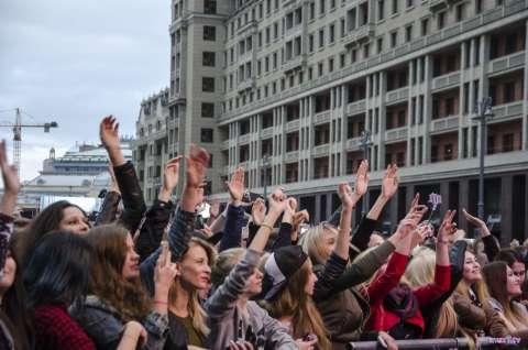 Центральный концерт в честь День города на Манежной площади в эфире Музыки Первого