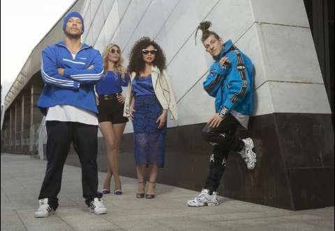 Группа «Банд'Эрос» продлит лето в своём новом клипе