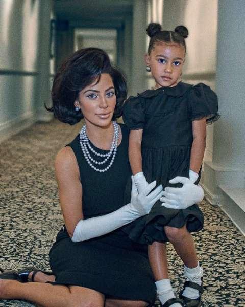 Ким Кардашьян примерила новый образ
