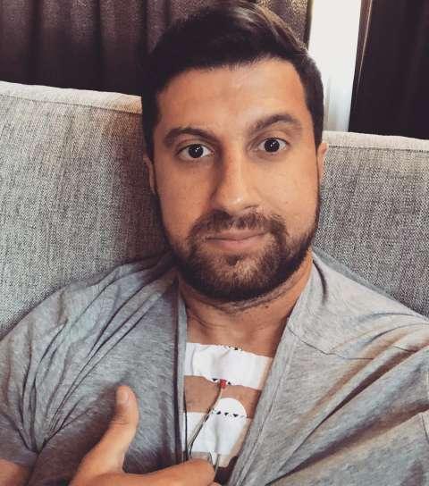 Амиран Сардаров попал в аварию