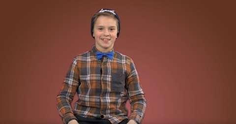 9-летний мальчик вызвал полицию из-за подарков