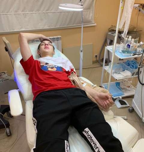 Тима Белорусских попал в больницу