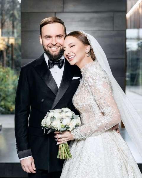 ЭКСКЛЮЗИВ: Asti о предстоящей свадьбе